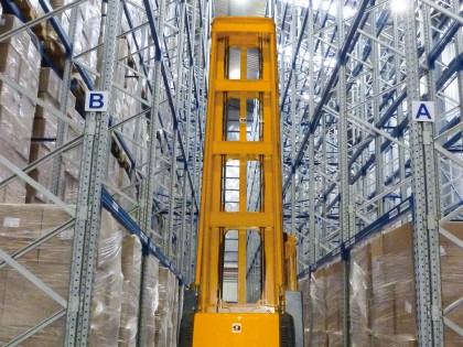 Very Narrow Aisle (VNA)- High Bay Racking in Peru